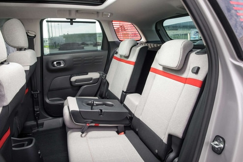 Citroen_C3_Aircross_(interior)_preview-42