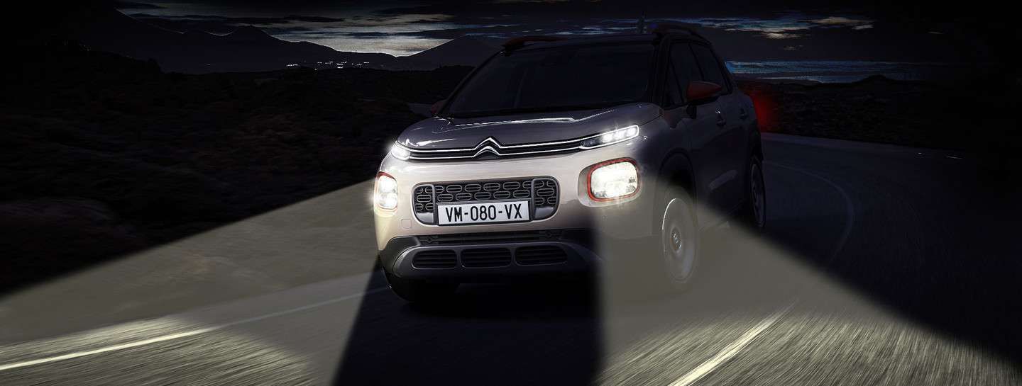 1800x681-C3-Aircross-Automatic-Lights.288921.137